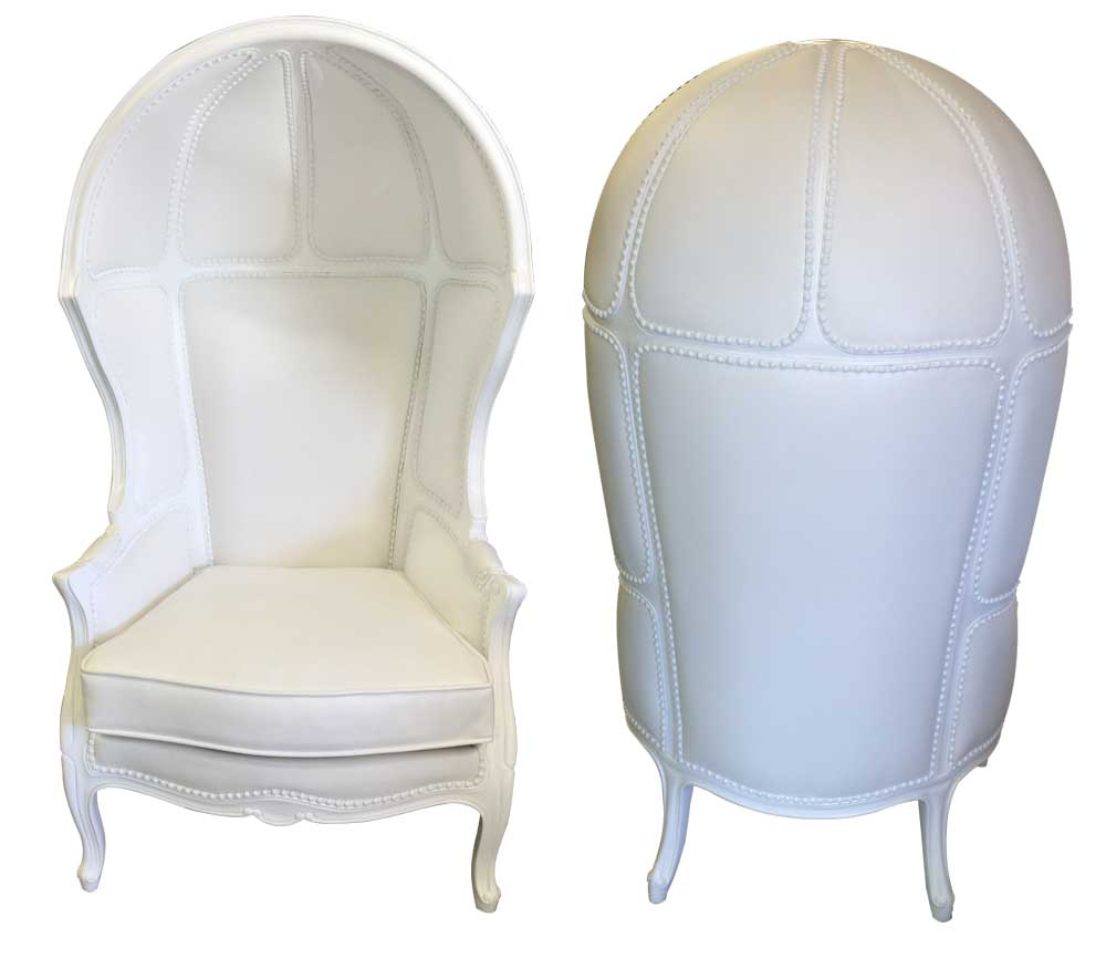 lounge-decor-confessional chairs