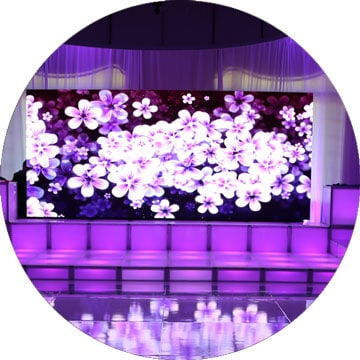 video-wall-over-event-stage