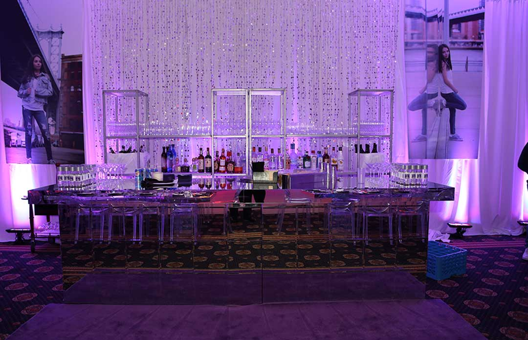 Mirror-bar-for-events